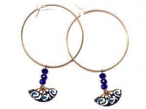 Diseño exclusivo, Arete grande con cristal Azul y abanico pintado a mano. Modelo Arol